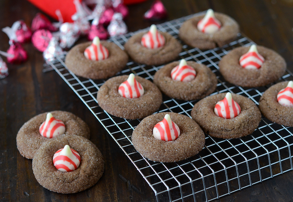 Chocolate Candy Cane Kiss Cookies | Om Nom Nom - Eats & Treats