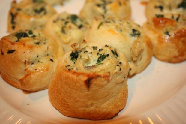 Garlic Cheese Crescent Rolls