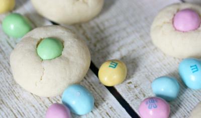 Dinosaur Egg Cookies